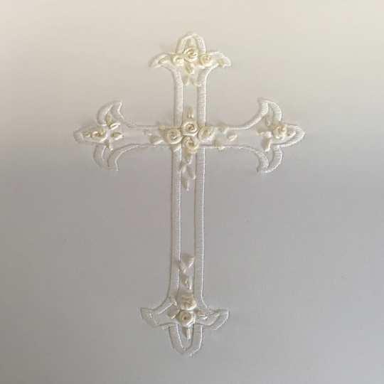 EC-detail-Cross-French-Ribbon-Rosettes-on-Candlelight-Matte-Satin-Detail