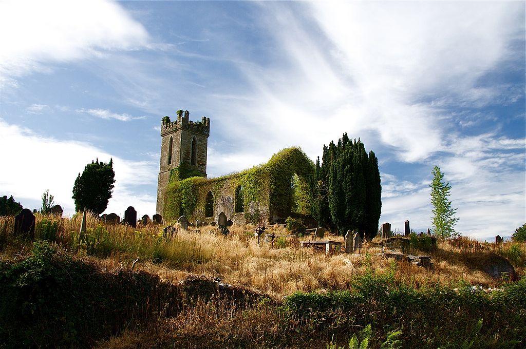 1024px-historic_irish_cemetery.jpg