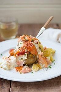 001gevulde-aardappel-met-eiersalade-warmgerookte-zalmdsc_6809-marceilneke