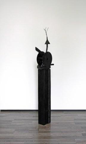 Snoeshaan (Joen) - 195 x 45 x 24 cm. - mixed media