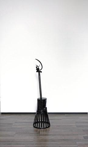 Spotvogel (Joen) - 135 x 50 x 35 cm. - mixed media