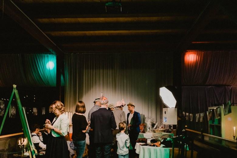 Hochzeitsfotograf Dresden Radebeul Weingut Drei Herren Julius Kost 071 Isa & Friedi - Hochzeit mit freier Trauung im Weinberg Willsdruff, Weingut, Radebeul, Gästehaus Hoflößnitz, Drei Herren