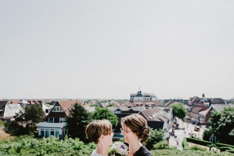 Hochzeitsfotograf Langeoog Nordsee Ostfriesische Inseln 023 Elopementhochzeit auf Langeoog verliebt, Reportagefotografie, Reportage, Liebe, Langeoog, Hochzeitsfotografie, Hochzeit, gleichgeschlechtlich, Fotoreportage, Elopement