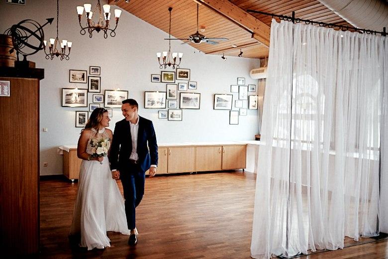 Hochzeitsfotograf Fotograf Ruegen Ostsee Sellin Binz Usedom Header 033 intime Hochzeit auf Rügen verliebt, Reportagefotografie, Reportage, Liebe, Langeoog, Hochzeitsfotografie, Hochzeit, gleichgeschlechtlich, Fotoreportage, Elopement