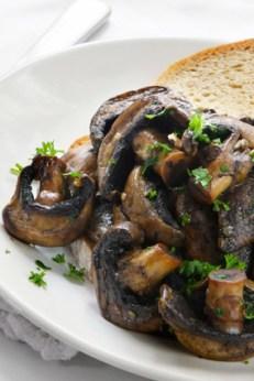 crostini-wild-mushrooms-284x426
