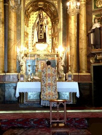 Misa Tradicional Lugo-Marchando Religión