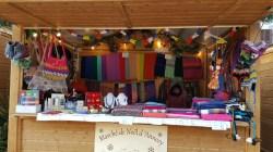 Ce chalet vous propose une sélection de produits artisanaux (thés, plaids, bols chantant Tibétain…) qui viennent directement de la Mongolie, des produits de détente et de relaxation par excellence