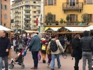 L'effervescence du Marché de Noël d'Annecy !