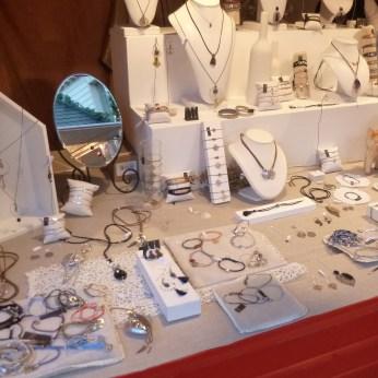 Chalet de bijoux au marché de noël de Nantes