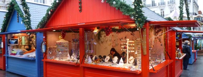 Chalet fabrication française Marché de Noël Angers