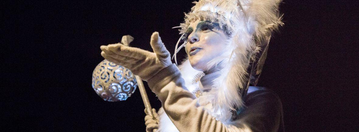Les Elfes de Lumière animent le marché de noël d'Angers