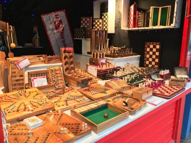 Des jeux et jouets en bois