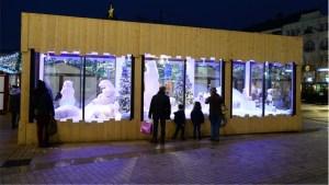 vitrines animées au marché de noël du mans