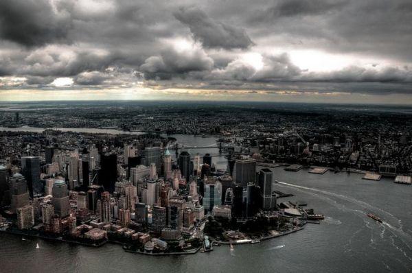 ciudad ny paisaje nublado