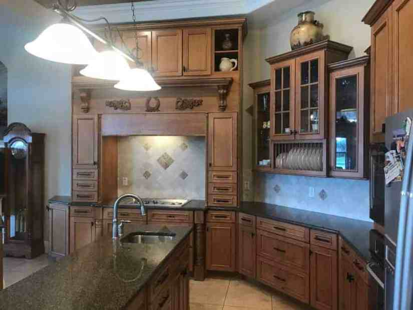 2005 kitchen with natural wood cabinets