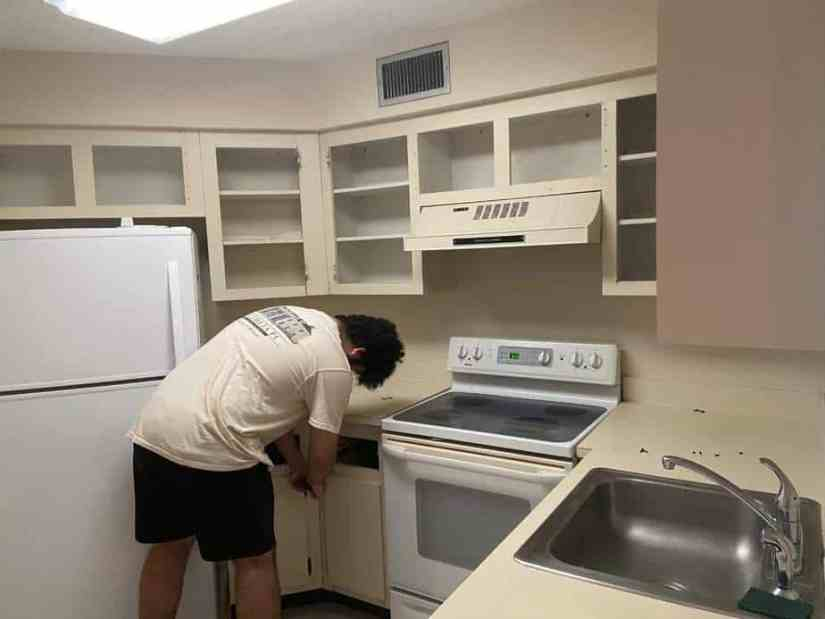 Changing kitchen cabinet fronts