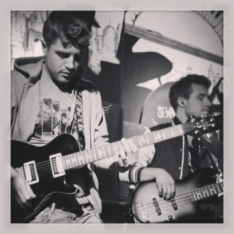 Electric Guitar Lesson in Maida Vale - Queen's Park - Kensal Green - Paddington
