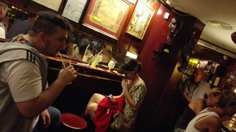 Sorseggiando un cocktail, con Paolo e Ginepra