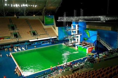 Acqua verde piscina tuffi - fonte internet- olimpiadi