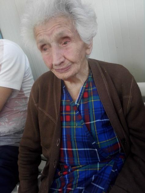 """Peppina, quasi 95 anni, fino a poco prima delle scosse faceva ancora le tagliatelle """"...co lu stennerellu""""."""