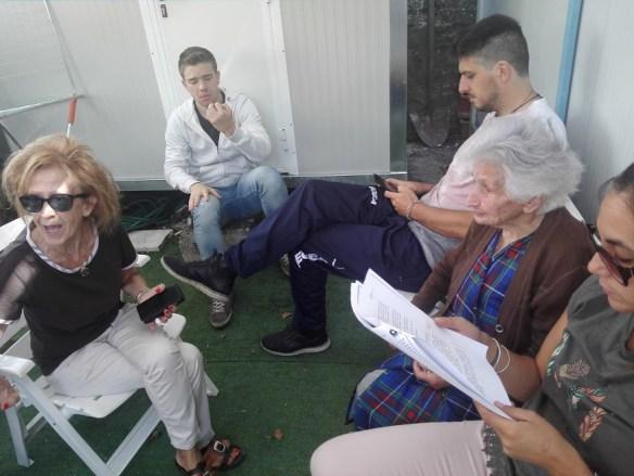 Peppina, Agata, Marco e altri ragazzi di un comitato spontaneo di solidarietà che mi hanno comunicato il fatto.