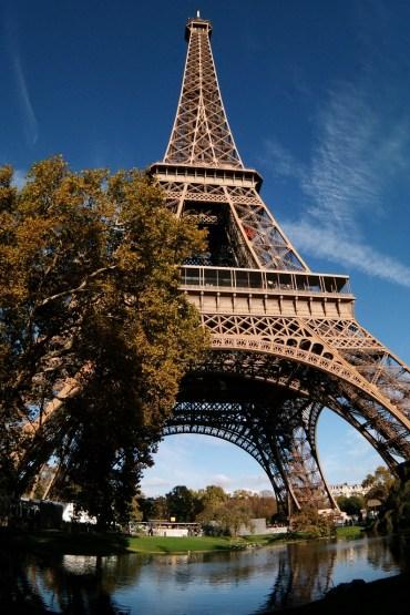 La Torre in uno scatto che la prende da sotto in Fisheye