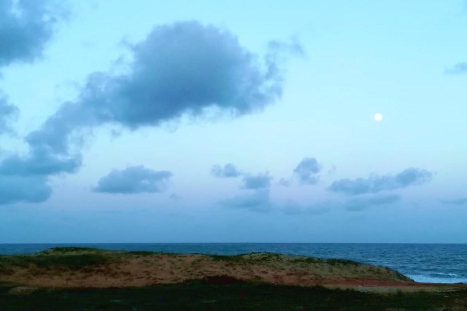 la luna fotografata da Camille Relvas in Brasile