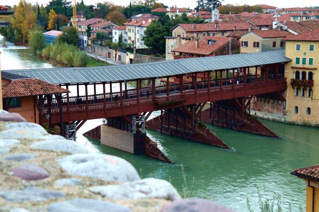 Ponte degli alpini Bassano del Grappa.