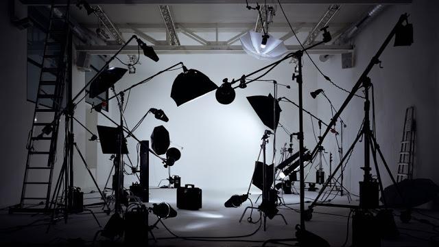 Luce e illuminazione per foto e video come usarle come mezzo