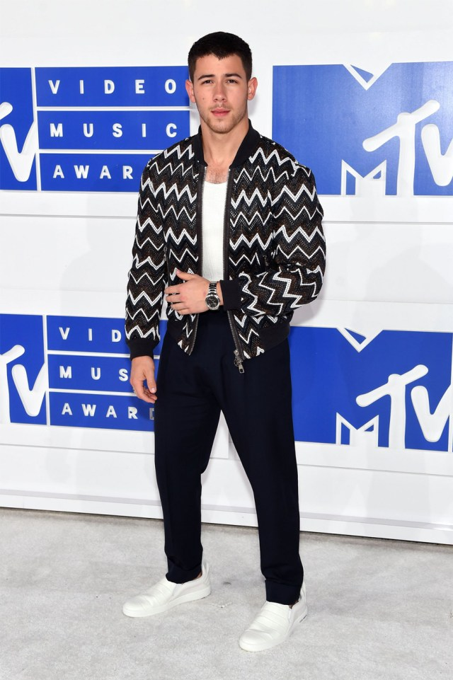 Nick Jonas on MTV VMA 2016