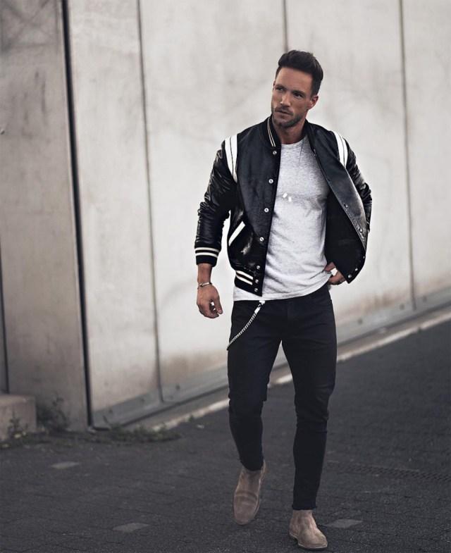 outfit com Jaqueta varsity masculina