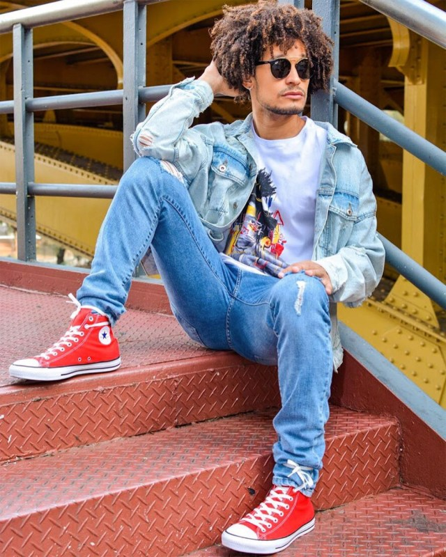 Look masculino all jeans e All Star