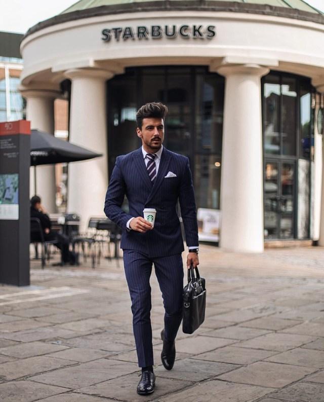 Costume azul masculino para usar no trabalho