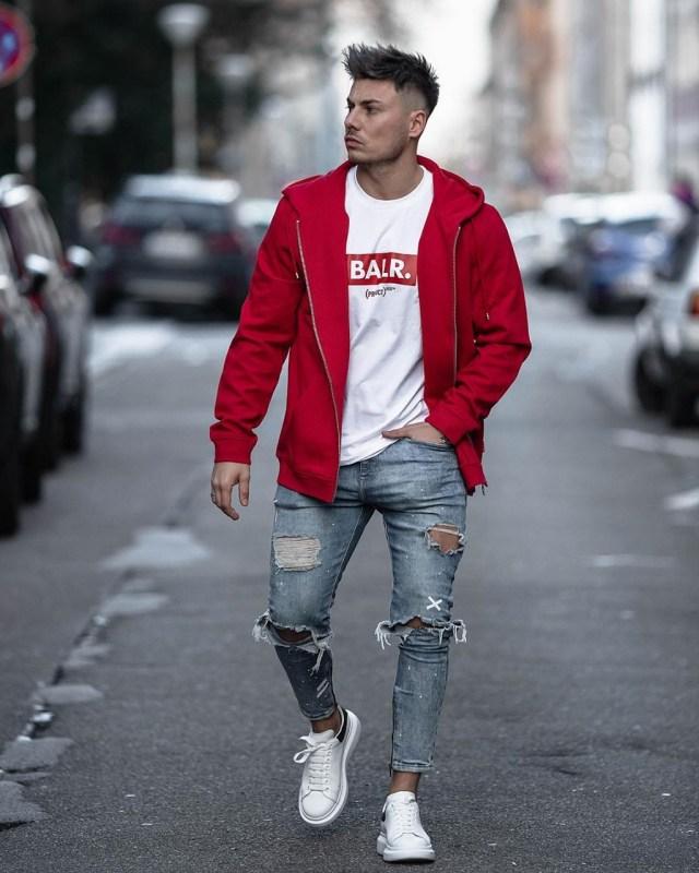 Outfit masculino com moletom vermelho