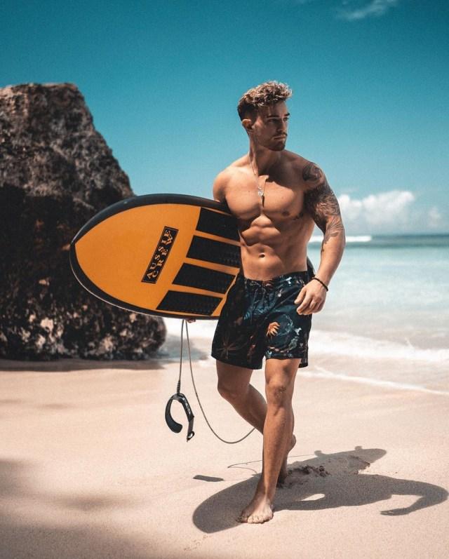 Shorts masculino estampado praia