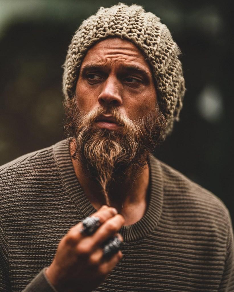 Barbas e bigodes para 2021: lenhador longa