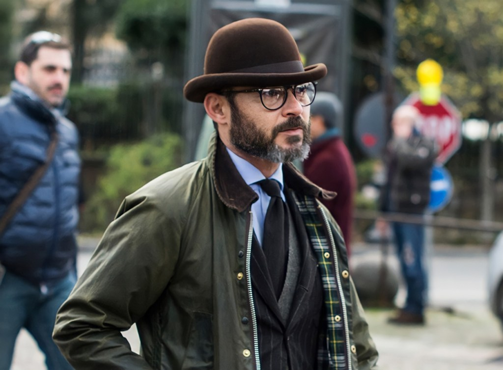 Acessório masculino: chapéu coco