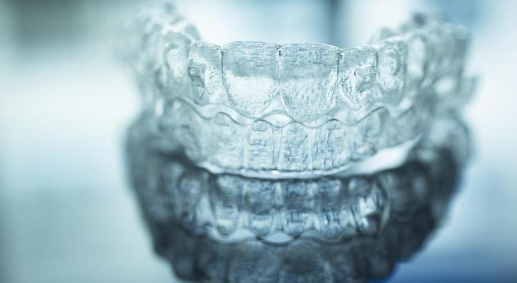 Conheca O Passo A Passo Do Clareamento Dental Com Moldeiras Marco