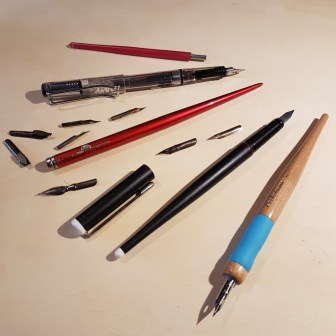 illustrazioni da passeggio macchie di inchiostro strumenti per disegnare con inchiostro da disegno