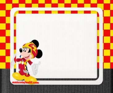 Mickey coche de carreras marcos para fotos - mickey carrera imagenes - fondos mickey race cars