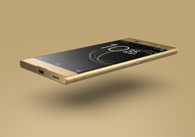 14_Xperia_XA1_Ultra_gold_floating_front_LowRes.jpg