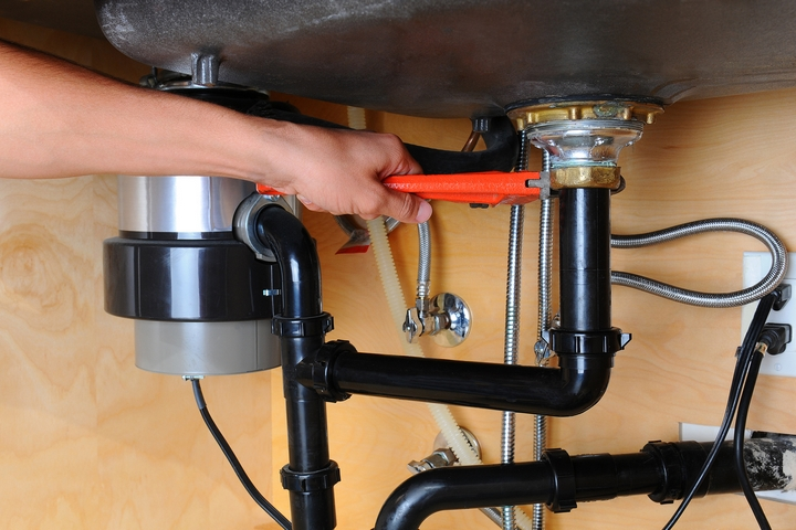 7 common causes of kitchen sink leaking