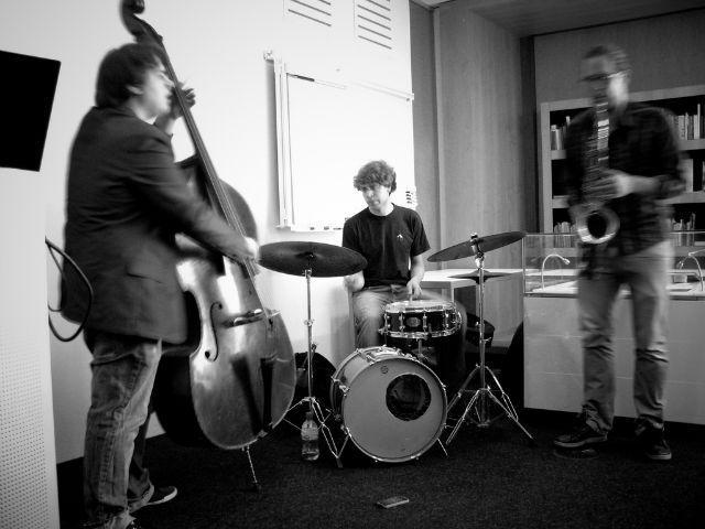 Itai Weissman trio