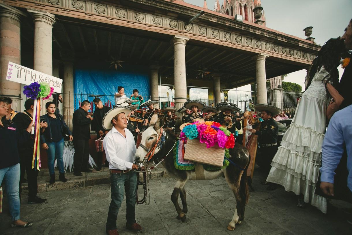 Callejoneada at San Miuel de Allende, marcosvaldés|FOTÓGRAFO®