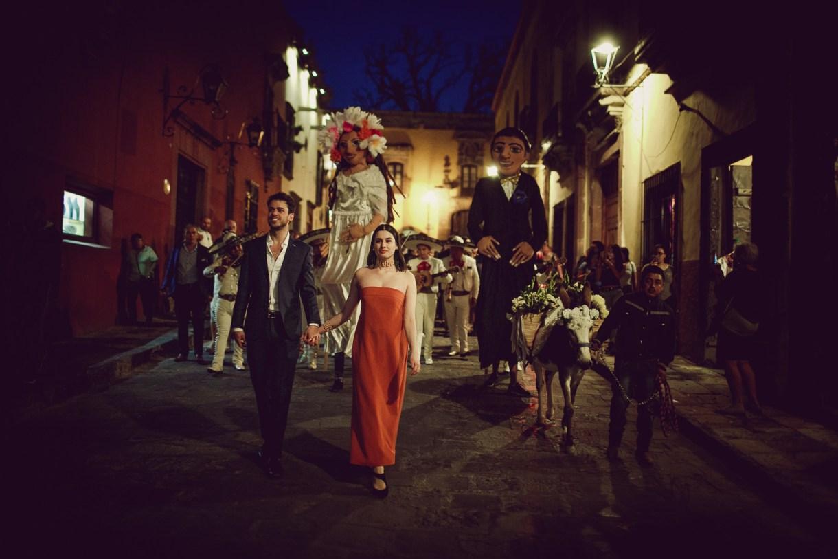 Callejoneada in San Miguel de allende, marcosvaldés|FOTÓGRAFO