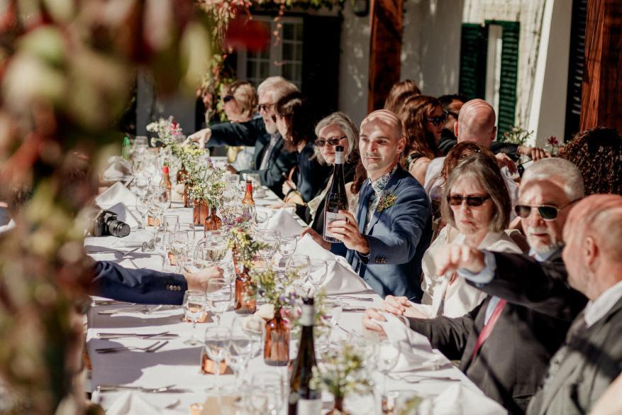 mesa do noivo e convidados