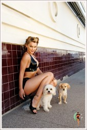 Imaxe do calendario de Pinups For Pups