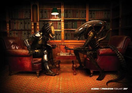 Predator xogando ao xadrez contra Alien