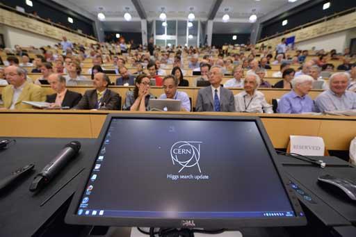Rolda de prensa no CERN
