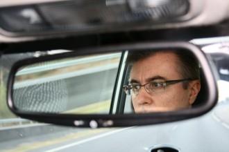 Isidoro no coche